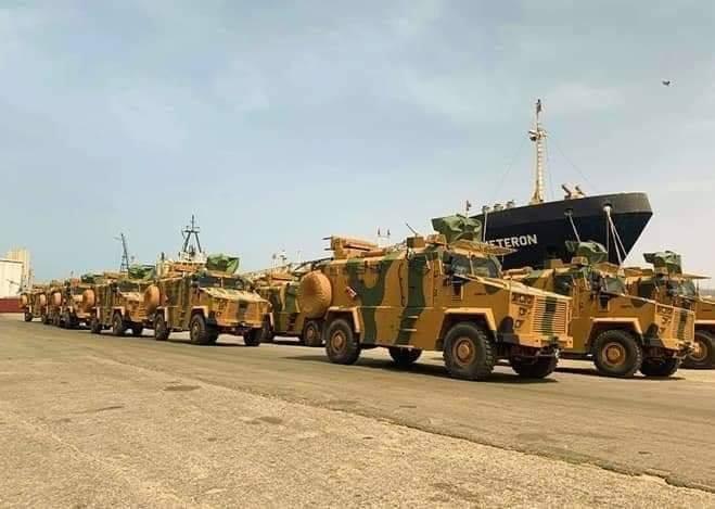 - مصدر عسكري يمني يكشف عن حركة كبيرة لنقل المعدات العسكرية خارج عدن